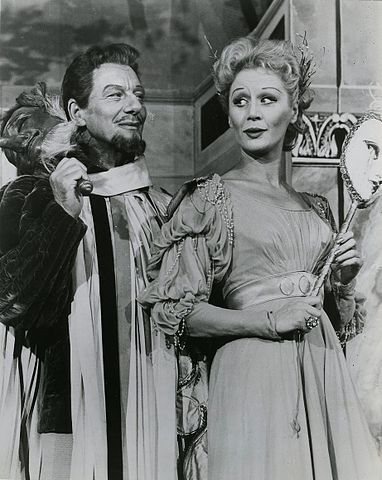 Gielgud_and_Leighton_in_Much_Ado_1959